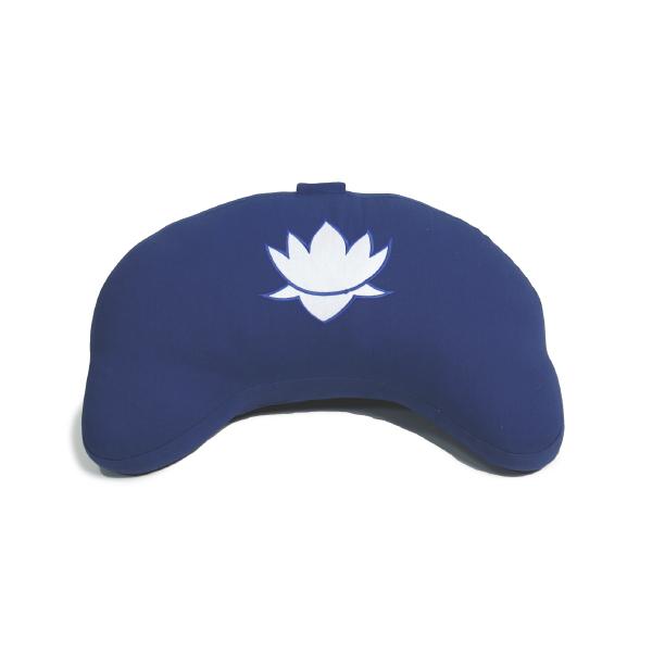 Cuscino mezzaluna blu in kapok con loto ricamato-0